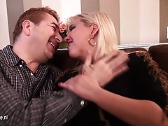 insatiable housewife fucking and sucking hard
